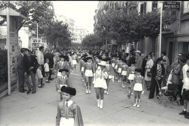 Imatges del reportatge 779103 - Fires de Girona de 1971