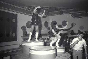 Imatges del reportatge 779176 - Nit de festa en una discoteca de Lloret de Mar