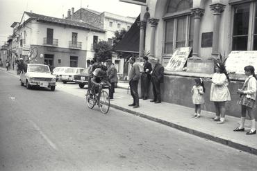 Imatges del reportatge 779841 - IX Volta Ciclista per municipis de Girona