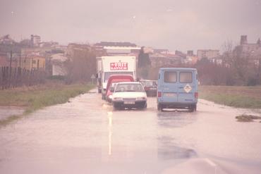 Imatges del reportatge 780821 - Carretera C-31 tallada per inundació