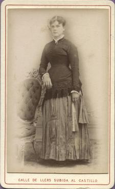Imatge 47399 - Retrat d'una dona