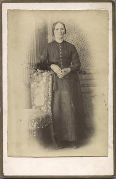 Imatge 47409 - Retrat d'una dona