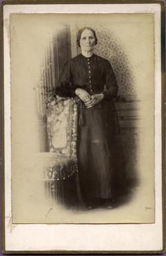 Imatge 47410 - Retrat d'una dona
