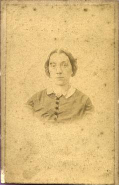 Imatge 47414 - Retrat d'una dona