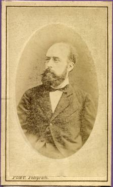 Imatge 47419 - Retrat d'un home amb barba