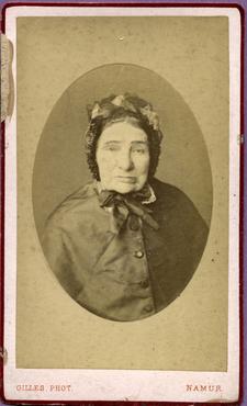 Imatge 47430 - Retrat d'una dona