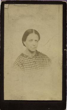Imatge 47442 - Retrat d'una dona