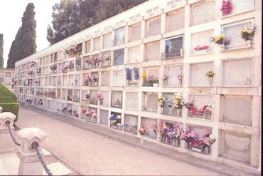 Imatges del reportatge 780970 - Cementiri de Figueres