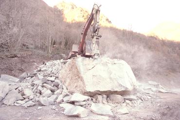 Imatges del reportatge 780966 - Esllavissada d'una roca al Coll de Bracons