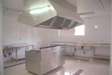 Imatges del reportatge 781030 - Edifici del futur restaurant-escola