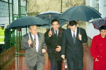 Imatges del reportatge 781063 - Inauguració dels barracons a l'escola de Tossa de Mar