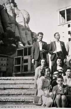 Imatge 51927 - Grup al santuari de Montserrat
