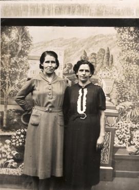 Imatge 51952 - Retrat de dues dones