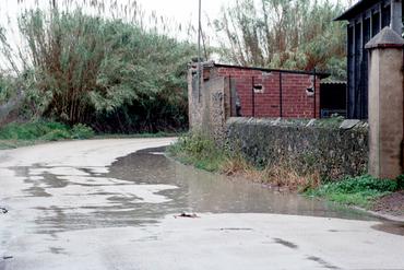 Imatges del reportatge 781229 - Basses d'aigua a l'encreuament de Vila-sacra