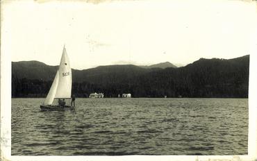 Imatge 54783 - Navegants amb barca de vela a l'estany de Banyoles