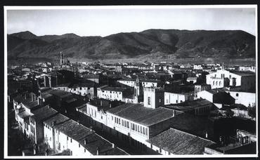 Imatge 54826 - Vista de Banyoles des del campanar del monestir de Sant Esteve