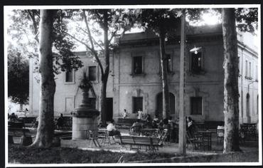 Imatge 54829 - Vista exterior del balneari de la font Pudosa de Banyoles