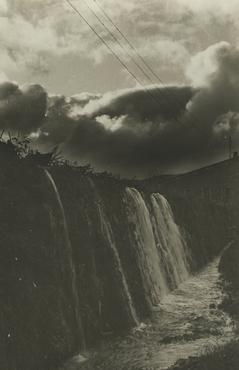 Imatge 54913 - Vista d'un salt d'aigua