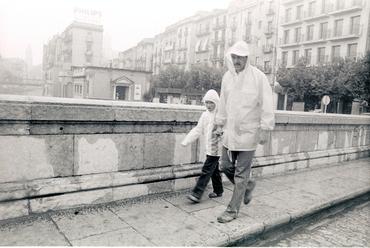 Imatges del reportatge 782687 - Dia de pluja a Girona