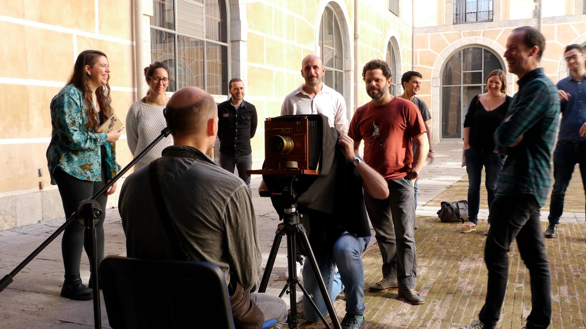 Img INSPAI organitza una jornada de portes obertes i un taller sobre la tècnica fotogràfica del col·lodió humit